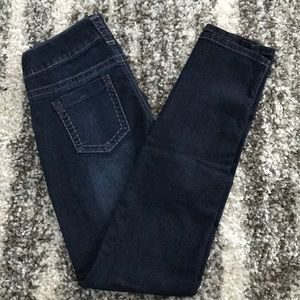 Maurice's size Medium skinny jeans